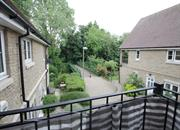 buy a flat Thames View Abingdon